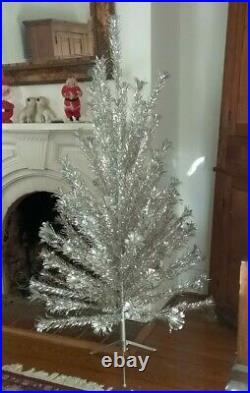 Authentic 6 Ft Silver Sparkler Aluminum Xmas Tinsel Pom Pom Tree With Box