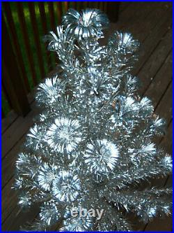 Collector's Vtg 4ft Retro Sharp! Silver Evergleam Fountain Aluminum Xmas Tree