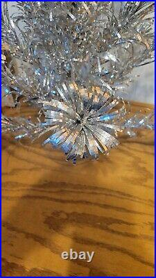EVERGLEAM Silver TINSEL ALUMINUM XMAS Tree 2 FT TALL IN ORG. BOX Complete VTG