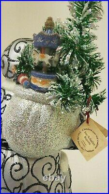 Ino Schaller Bayern Christmas Silver/ White Santa Christmas Tree New
