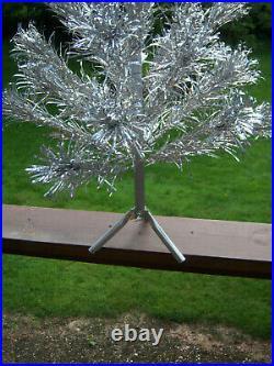 Neat! Collector's Vtg 4ft Retro Pretty Silver Evergleam Pom Aluminum Xmas Tree
