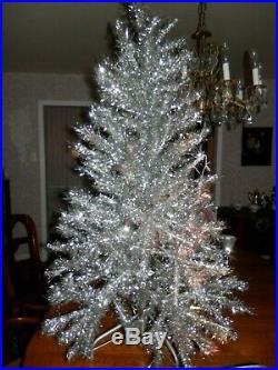 Nice Vintage 4 Foot Aluminum Silver Christmas Tree