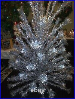 VINTAGE EVERGLEAM 6FT ALUMINUM CHRISTMAS TREE with 87 BRANCHES (POM POM)