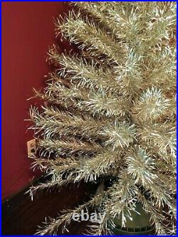 VINTAGE MIRRO 7 MAJESTIC CHRISTMAS TREE 200 BRANCHES! NO STAND BEAUTIFUL 1960s