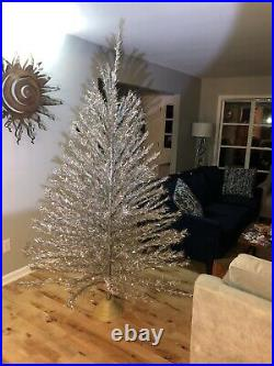 VINTAGE Silver Tapered ALUMINUM CHRISTMAS TREE 7 Feet 201 BRANCHES COMPLETE