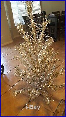 VIntage Silver Aluminum Christmas tree 4