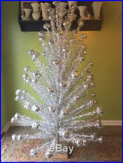 Vintage 105 branch 6.5 aluminum silver Christmas tree PomPom 1950/60s MCM