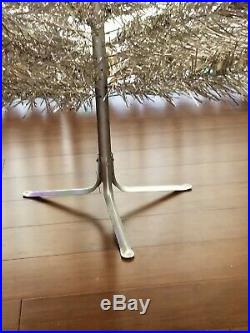 Vintage 6 1/2 Ft Aluminum Christmas Tree 96 branches Silver Forest Color Wheel