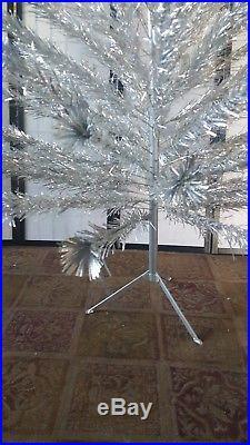 Vintage 6' Evergleam Silver Aluminum Pom Pom Christmas Tree COMPLETE 91 Branch f