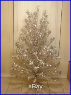 Vintage 6 Ft Silver Evergleam Aluminum Pom Pom Christmas Tree 91 Branches