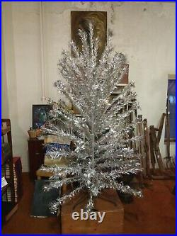 Vintage 6 ft 81 24 Branches Pom Pom Aluminum Christmas Tree w Stand Silver