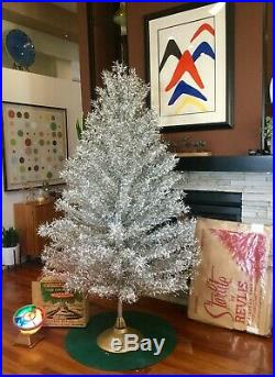 Vintage 7 ft Silver Stainless Aluminum Christmas Tree Rotating Base Color Light