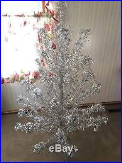 Vintage Aluminum Silver Christmas Tree 5ft withOriginal Stand 45 Branches