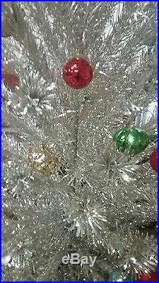 Vintage PECO Deluxe POMPOM Aluminum 6 1/2' 154 Branch Christmas Tree SILVER Pom