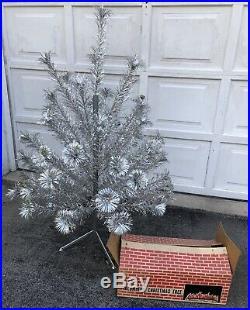 Vintage Silver Glow Aluminum Christmas Tree 4.5' Pom Pom Original Box 54 branch