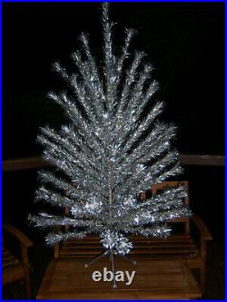 Vtg Awesome Collector's 6 Ft. Evergleam Pom Silver Stainless Aluminum Xmas Tree