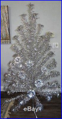 Vtg Sparkler Pom-Pom Aluminum Christmas Tree 6 Foot Silver M-670 w Box 70 Branch